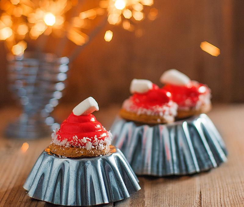 Cute Santa Hat Cookies